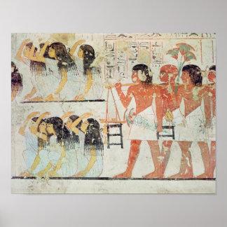 Grupo de deudos en el cortejo fúnebre póster