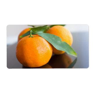 Grupo de las mandarinas frescas etiquetas de envío