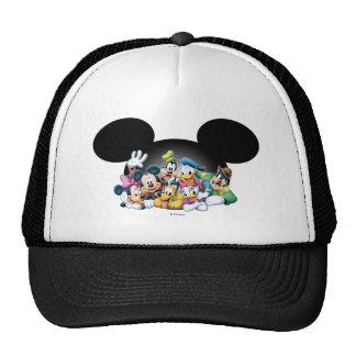 Grupo de Mickey y de los amigos el   en los oídos Gorro
