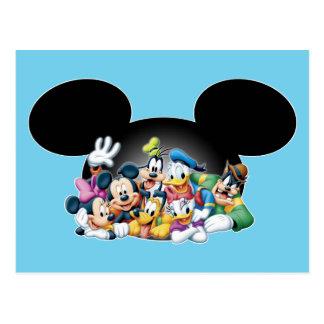 Grupo de Mickey y de los amigos el | en los oídos Tarjeta Postal