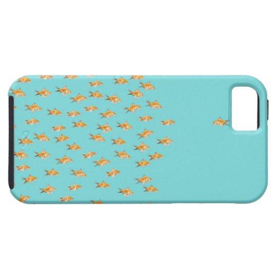 Grupo grande de goldfish que hace frente a un funda para iPhone SE/5/5s