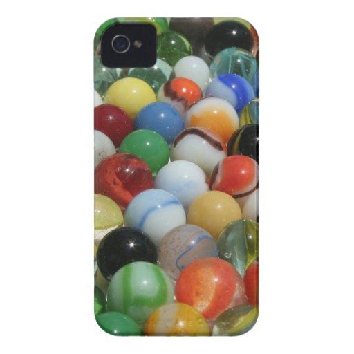 Grupo grande de mármoles antiguos del juguete iPhone 4 Case-Mate protector