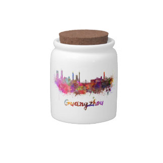 Guangzhou skyline in watercolor splatters platos para caramelos