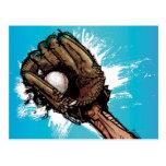Guante de béisbol con la bola baja postales