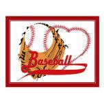 Guante de béisbol y corazón del béisbol postal