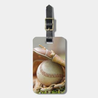 Guante y bola de béisbol etiquetas de equipaje