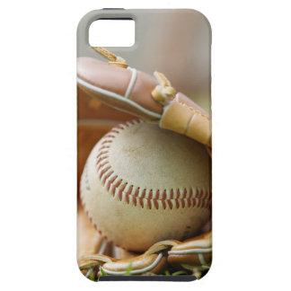 Guante y bola de béisbol iPhone 5 carcasas