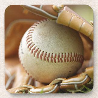 Guante y bola de béisbol posavasos de bebidas