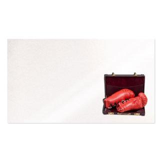 Guantes de boxeo en cartera tarjetas de visita