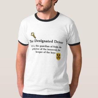 Guarda de la camiseta del conductor señalado de