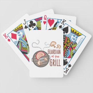 Guarda de la parrilla barajas de cartas