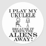 Guarda el Ukulele ausente de los extranjeros Etiqueta Redonda