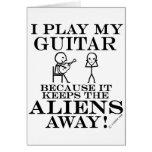 Guarda la guitarra ausente de los extranjeros tarjeton