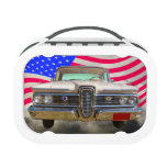 Guardabosques 1959 de Edsel Ford con la bandera am