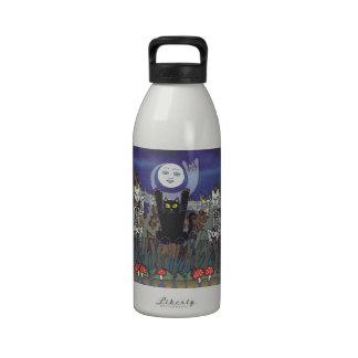 Guardas de un bosque frecuentado botellas de beber
