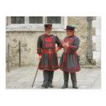 Guardas del terrateniente en vestido tradicional d postales