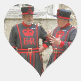 Guardas del terrateniente, o alabarderos de pegatina en forma de corazón