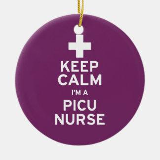 Guarde a la enfermera tranquila de PICU Adorno Navideño Redondo De Cerámica