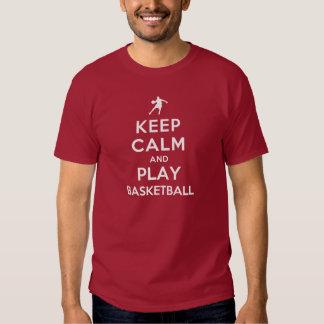 Guarde el baloncesto de la calma y del juego camisas