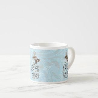 Guarde el café tranquilo de la bebida taza espresso