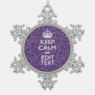 Guarde el color de malva tranquila y púrpura adorno de peltre en forma de copo de nieve