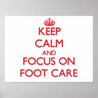Guarde el cuidado de la calma y del foco a pie póster