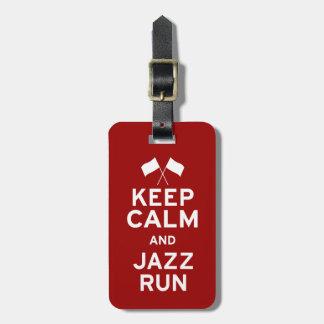 Guarde el funcionamiento de la calma y del jazz etiquetas maletas