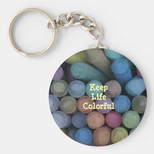 Guarde el llavero colorido de la vida