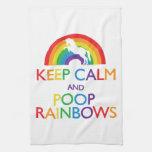 Guarde el unicornio de los arco iris de la calma y toalla de cocina