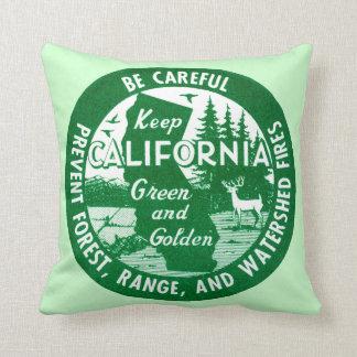 Guarde el verde de California y de oro Cojín
