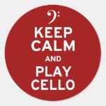Guarde el violoncelo de la calma y del juego etiquetas redondas