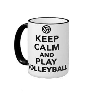 Guarde el voleibol de la calma y del juego taza a dos colores