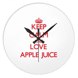 Guarde el zumo de manzana de la calma y de amor reloj de pared