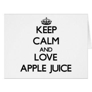 Guarde el zumo de manzana de la calma y de amor