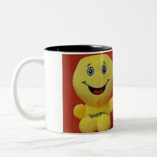 Guarde en la taza combinada sonriente de 11 onzas