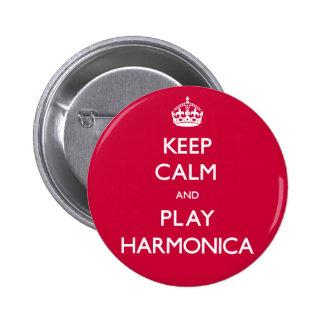 Guarde la armónica de la calma y del juego pin redondo de 2 pulgadas