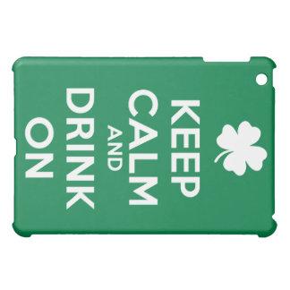 Guarde la bebida tranquila el día del St Patricks