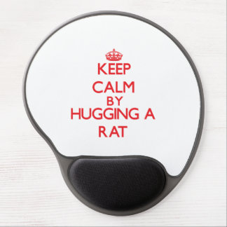 Guarde la calma abrazando una rata alfombrilla de raton con gel