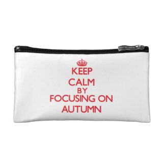Guarde la calma centrándose el otoño
