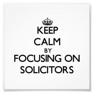Guarde la calma centrándose en abogados