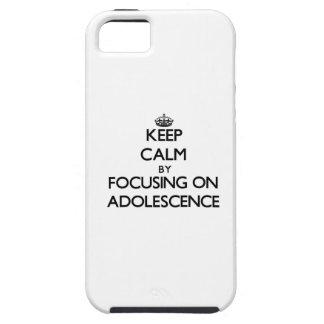 Guarde la calma centrándose en adolescencia iPhone 5 protectores
