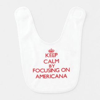 Guarde la calma centrándose en americana baberos