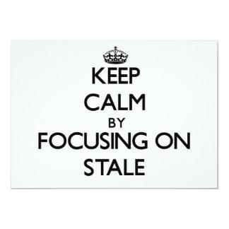 Guarde la calma centrándose en añejo comunicados