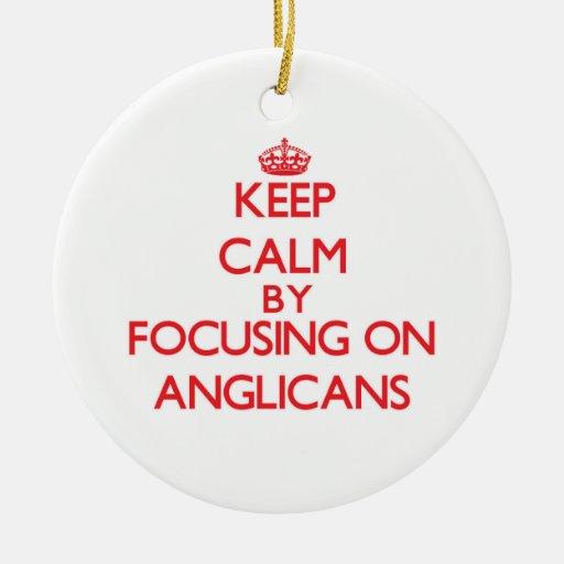 Guarde la calma centrándose en anglicanos ornatos