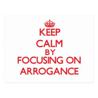 Guarde la calma centrándose en arrogancia postal