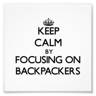 Guarde la calma centrándose en Backpackers