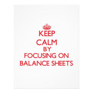 Guarde la calma centrándose en balances flyer personalizado