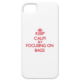 Guarde la calma centrándose en bolsos iPhone 5 Case-Mate fundas