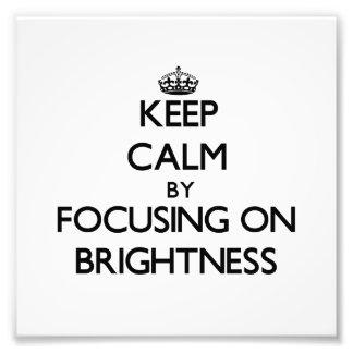 Guarde la calma centrándose en brillo fotografías