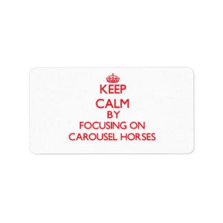 Guarde la calma centrándose en caballos del etiqueta de dirección